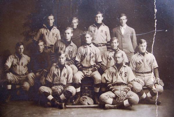 The Mount Vernon High School Baseball Team, 1904. Courtesy of Bob Mayer.